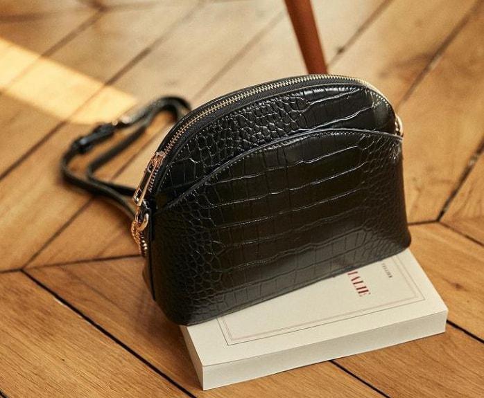 petit sac bandoulière femme effet croco noir