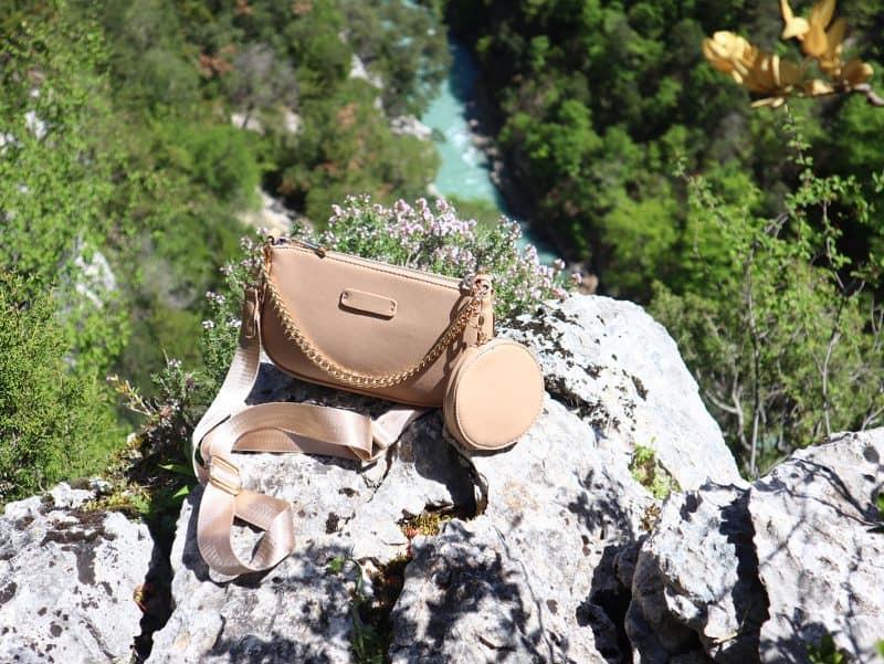 sac bandoulière avec porte monnaie